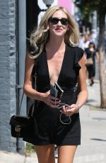CHIARA FERRAGNI Arrives at a Nail Salon in West Hollywood 08/23/2017
