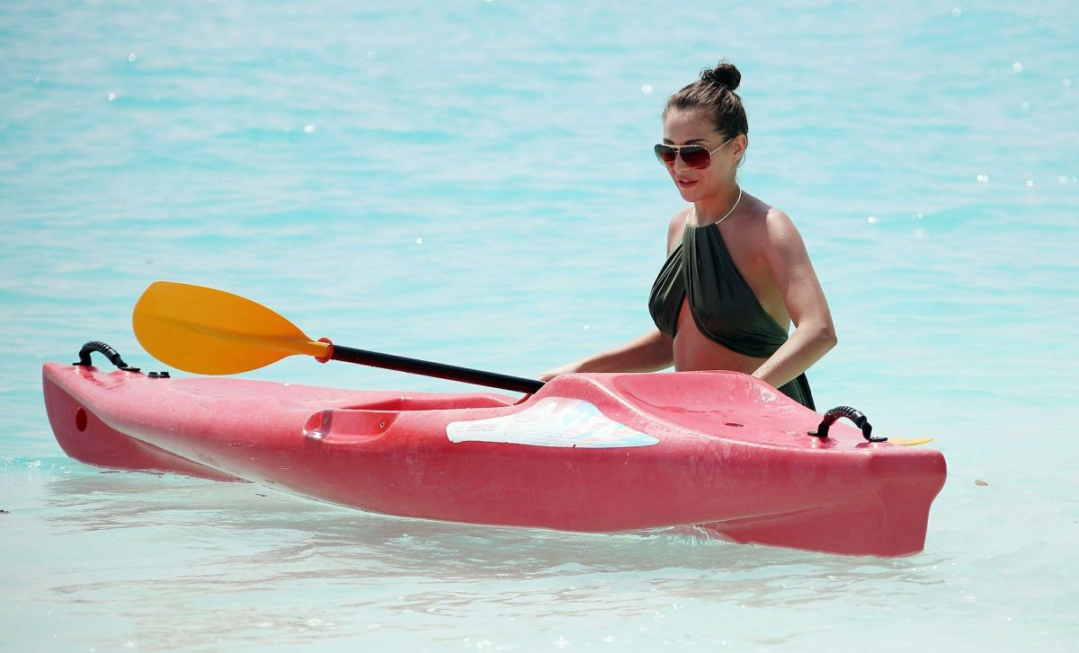 Chloe in Bikini Hot Pics Pic 3 of 35