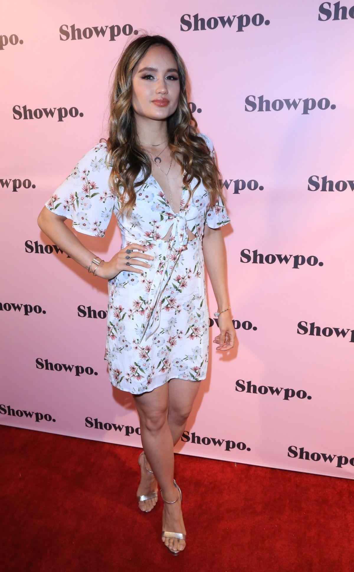 CINTA LAURA at Showpo US Launch Party in Los Angeles 08/24/2017