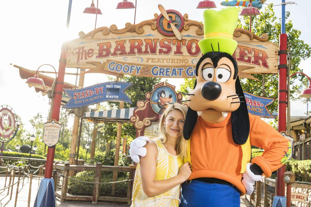 CLAIRE DANES with Goofy at Magic Kingdom in Lake Buena Vista 08/23/2017