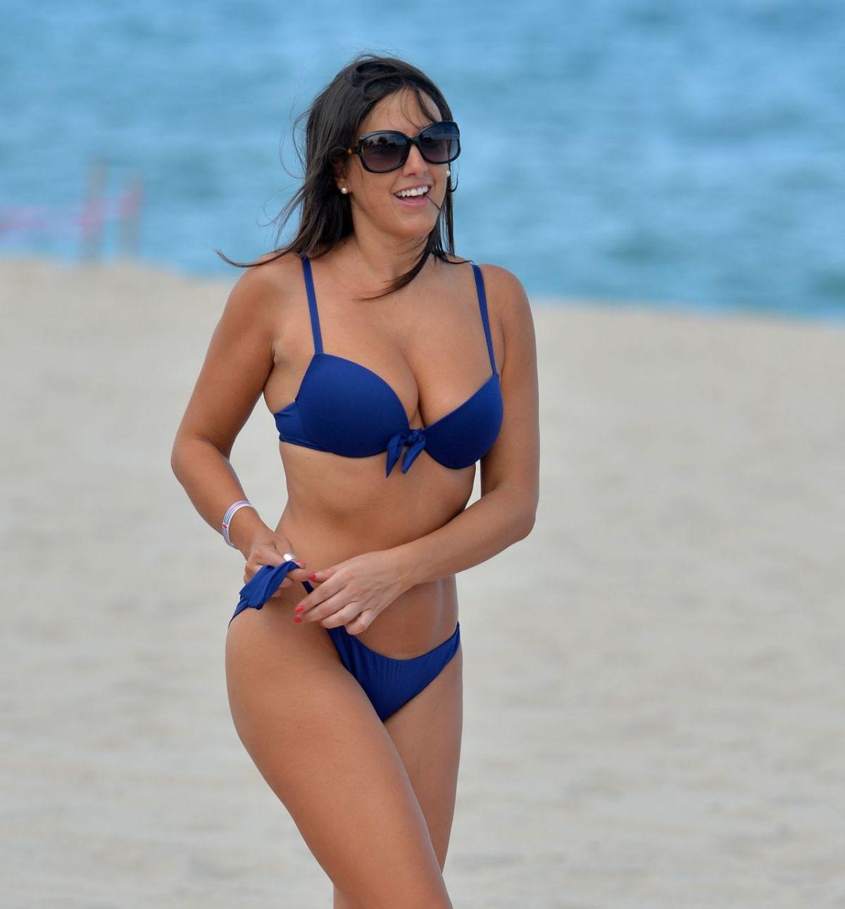 Beach nude boobs-1093