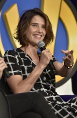 COBIE SMULDERS at Wizard Word Chicago 2017 in Rosemont 08/26/2017