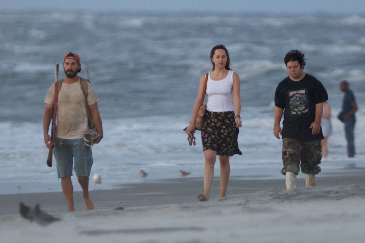 DAKOTA JOHNSON and Shia Labeouf on the Set of The Peanut Butter Falcon in Savannah 07/30/2017