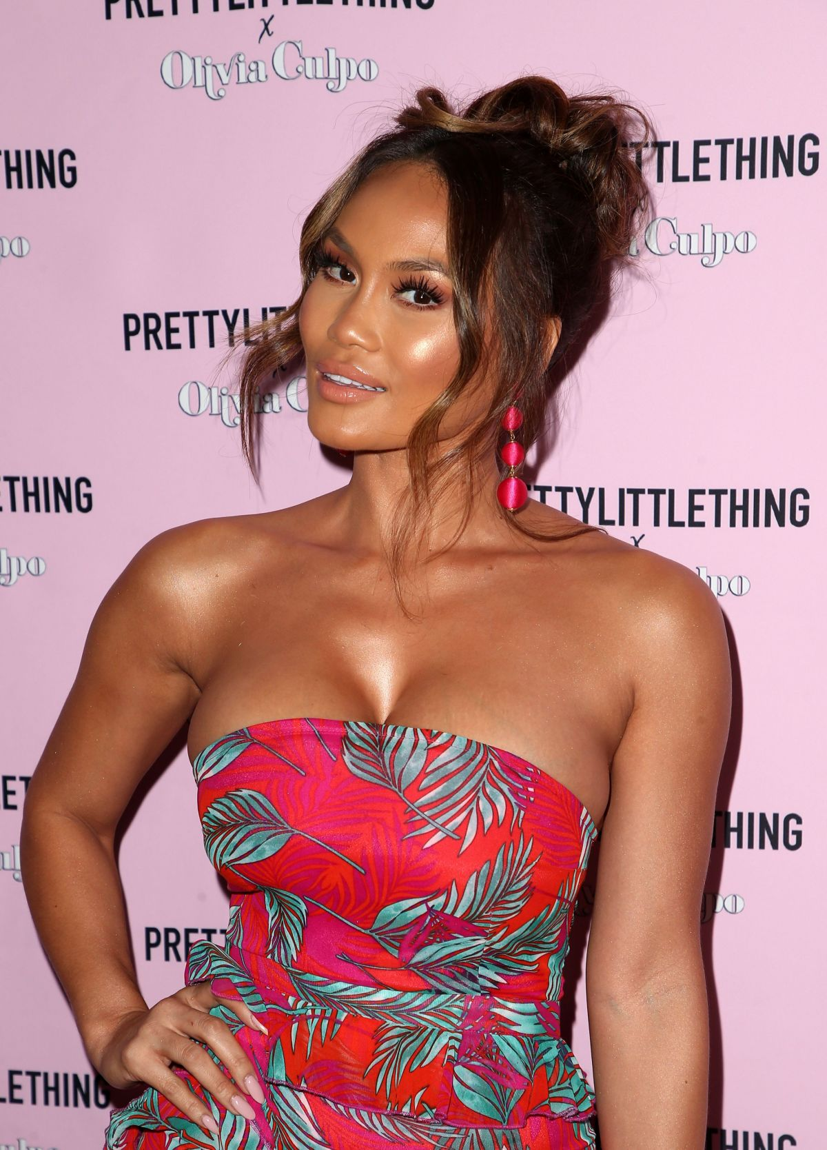 DAPHNE JOY at The Prettylittlething x Olivia Culpo Launch in Hollywood 08/17/2017