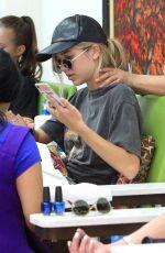 DELILAH BELLE HAMLIN at a Nail Salon in Beverly Hills 08/18/2017