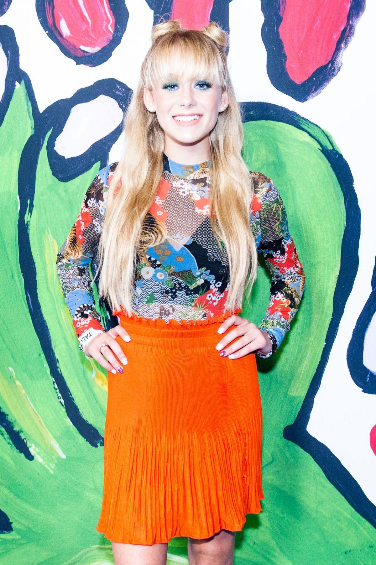 DEVORE LEDRIDGE at Teen Choice Awards 2017 in Los Angeles 08/13/2017