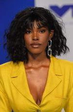 DIAMOND WHITE at 2017 MTV Video Music Awards in Los Angeles 08/27/2017