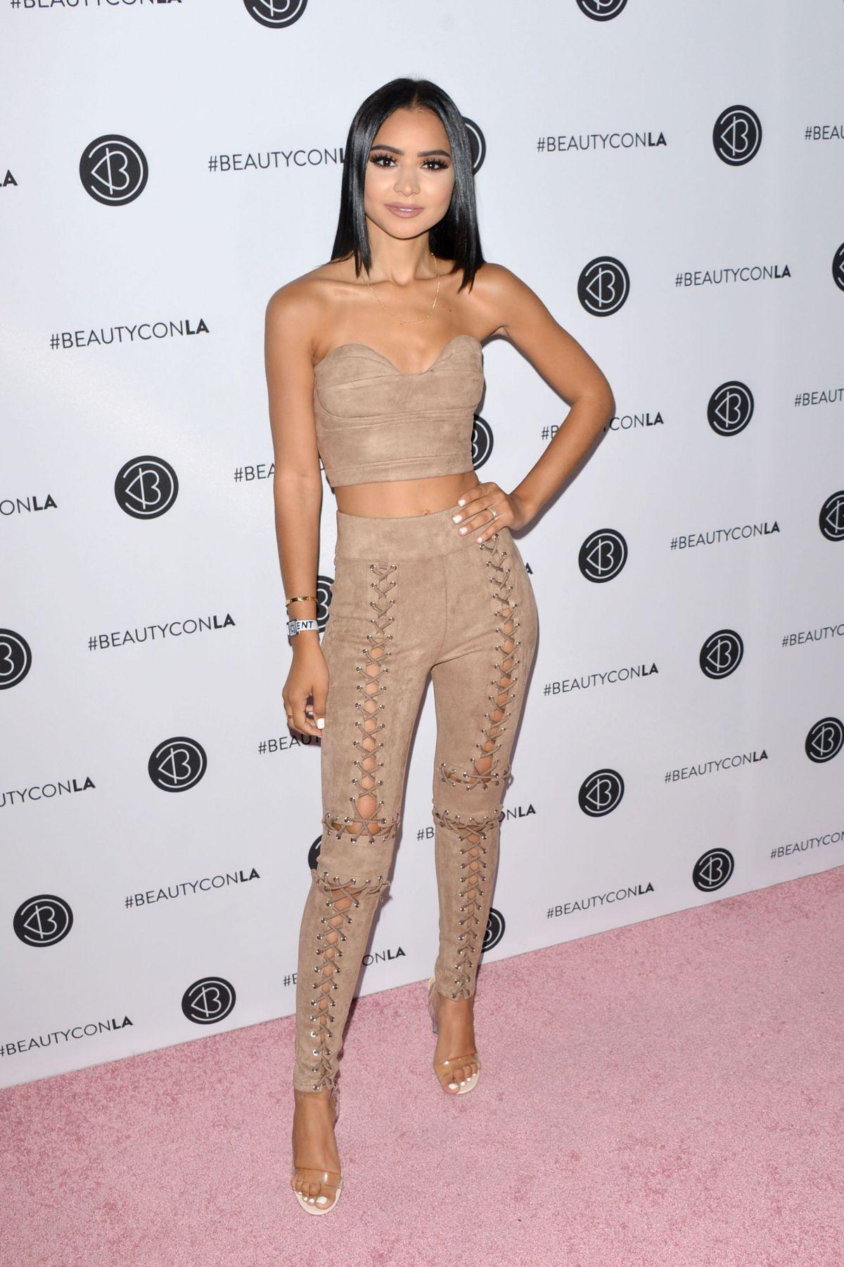 DIANA SALDANA at Beautycon LA at LA Convention Center in Los Angeles 08/13/2017