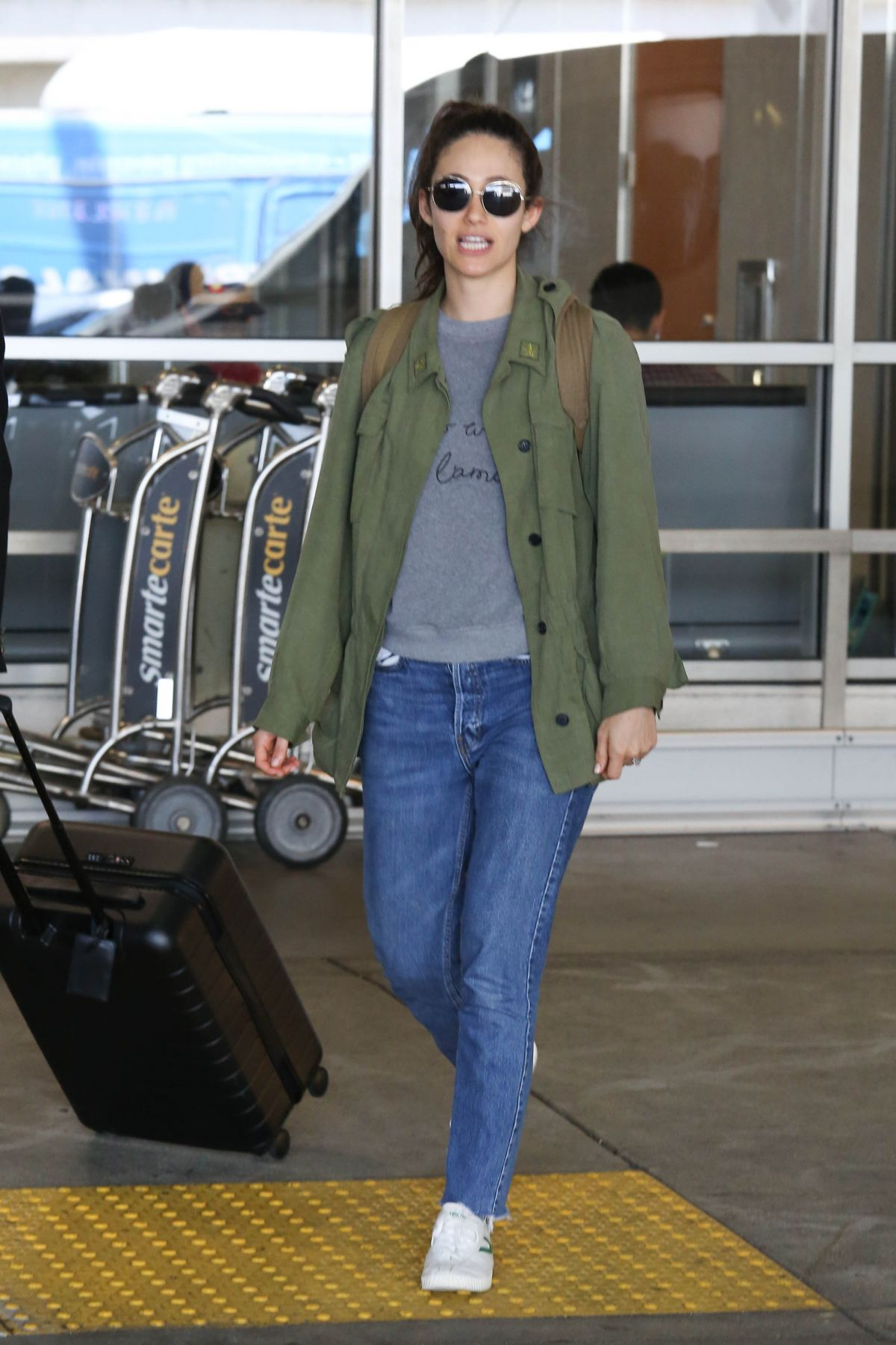 Emmy Rossum At Lax Airport In Los Angeles 08 05 2017
