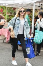 GENEVIEVE HANNELIUS at Farmers Market in Studio City 08/20/2017