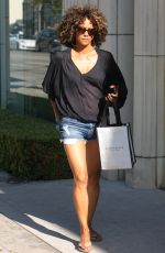 HALLE BERRY Arrives at a Private Party in Brentwood 08/13/2017