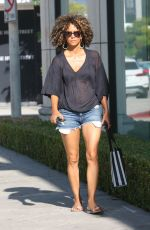 HALLE BERRY in Demin Short Shopping at Melrose Ave in West Hollywood 08/12/2017