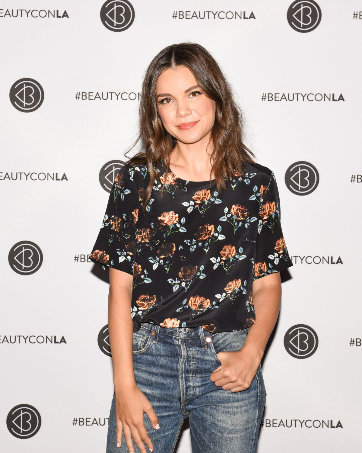 INGRID NILSEN at Beautycon LA at LA Convention Center in Los Angeles 08/13/2017