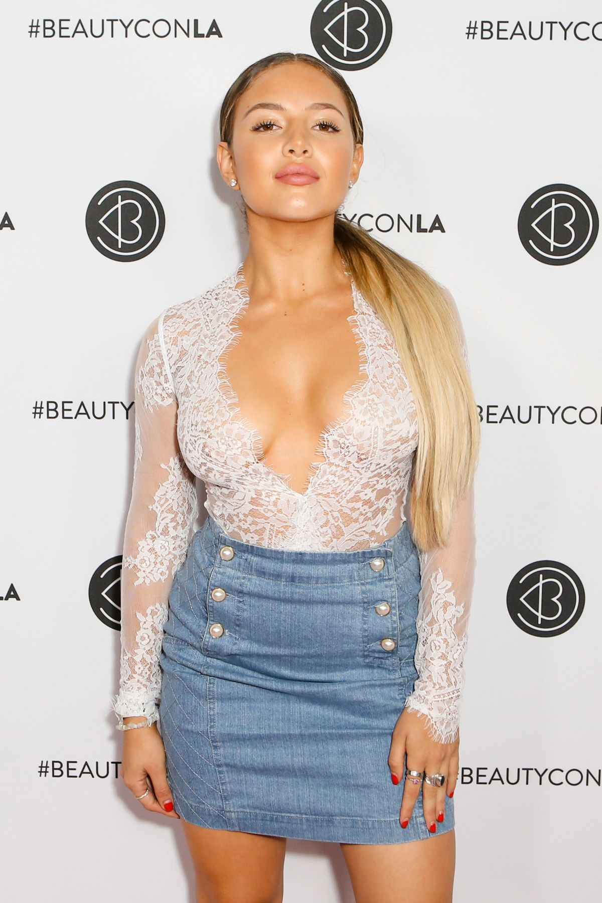 JADE KENDLE at Beautycon LA at LA Convention Center in Los Angeles 08/13/2017