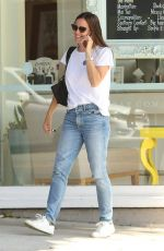 JENNIFER GARNER in Jeans Out in Santa Monica 08/14/2017