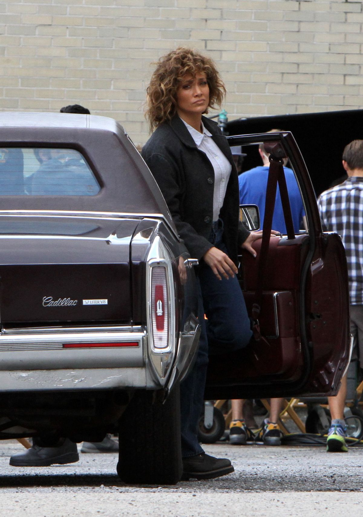 JENNIFER LOPEZ on the Set of Shades of Blue in Queens 08/23/2017