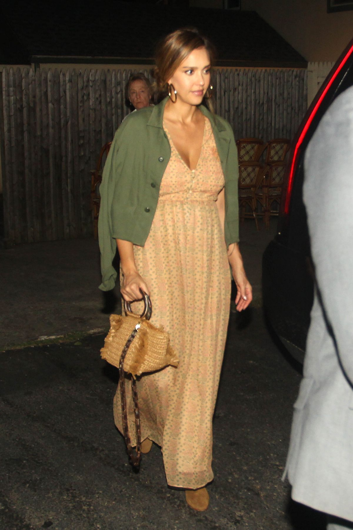 JESSICA ALBA Out for Dinner at Nick and Toni