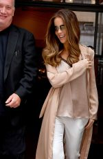 KATE BECKINSALE Out and About in New York 08/08/2017