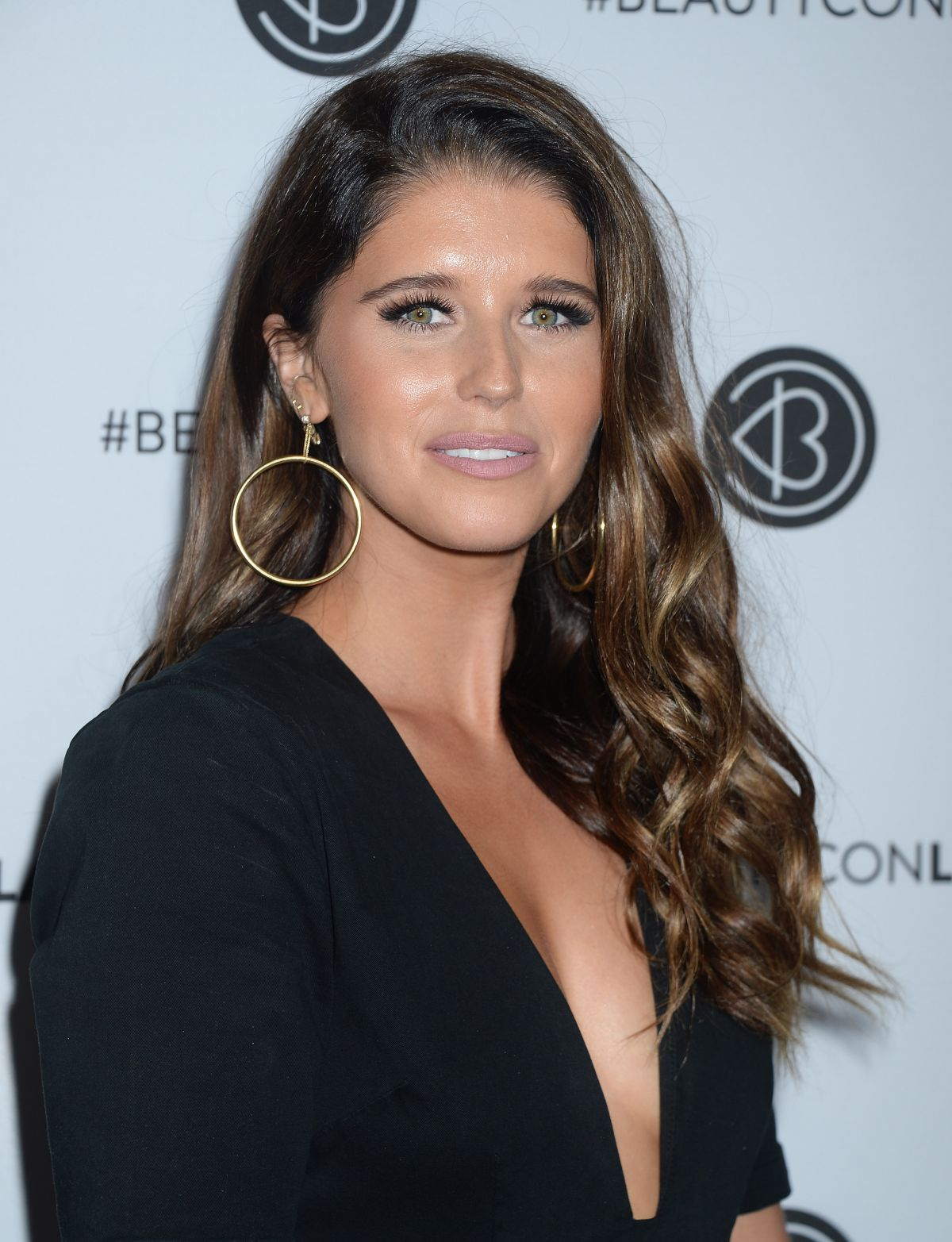 KATHERINE SCHWARZENEGGER at 5th Annual Beautycon Festival in Los Angeles 08/12/2017