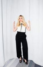 KATHERYN WINNICK fot The Coveteur, August 2017