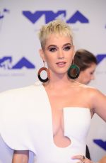 KATY PERRY at 2017 MTV Video Music Awards in Los Angeles 08/27/2017