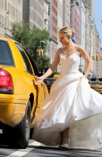 KRISTEN BELL as a Runaway Bride on the Set of Like Father in New York 08/30/2017