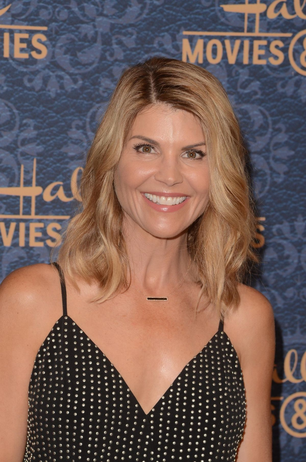 Garage Sale Mystery The Beach lori loughlin at garage sale mysteries at paley center for