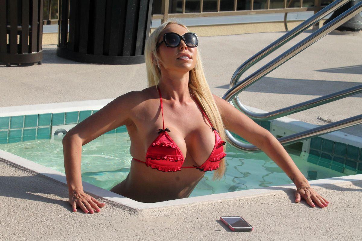 Bikini Mary Carey naked (46 photo), Tits, Fappening, Twitter, in bikini 2020