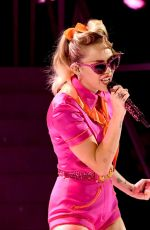 MILEY CYRUS at 2017 MTV Video Music Awards in Los Angeles 08/27/2017