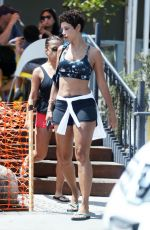 NICOLE MURPHY Out for Lunch in West Hollywood 08/23/2017