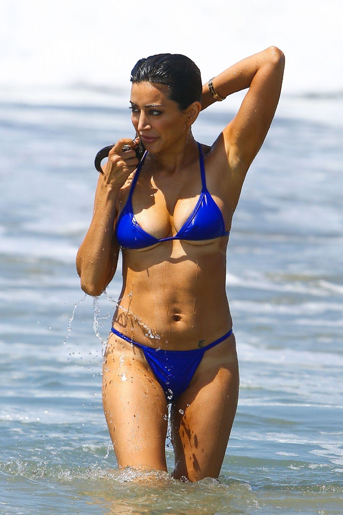 Bikini Noureen DeWulf nudes (16 pics), Sideboobs
