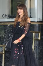 SOFIA VERGARA Shopping at Saks Fifth Avenue in Beverly Hills 08/03/2017