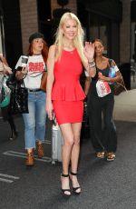 TARA REID Leaves Her Hotel in New York 08/03/2017