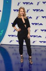 YOSS HOFFMAN at 2017 MTV Video Music Awards in Los Angeles 08/27/2017