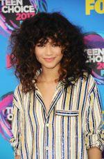 ZENDAYA COLEMAN at Teen Choice Awards 2017 in Los Angeles 08/13/2017