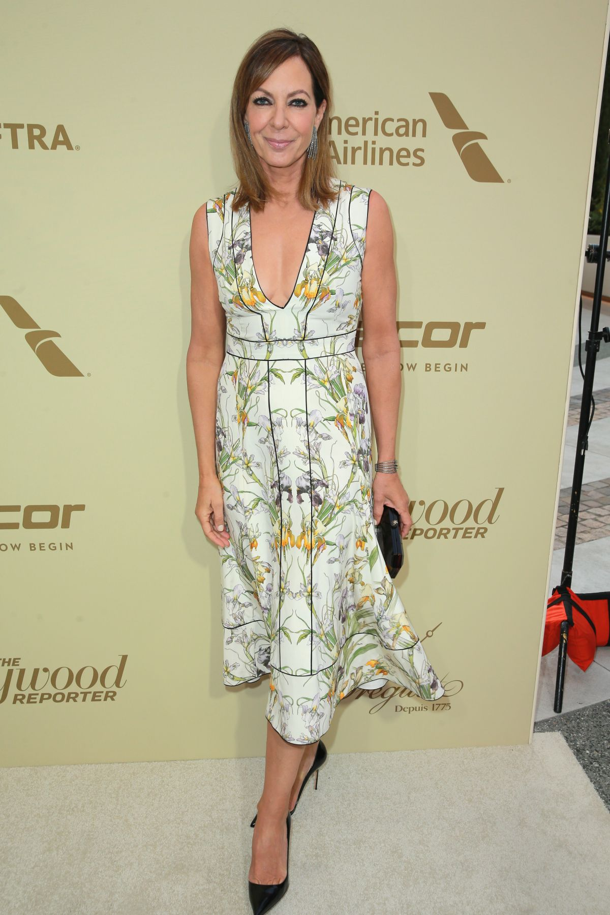ALLISON JANNEY at Hollywood Reporter and Sag-aftra Nominees Night in Beverly Hills 09/14/2017