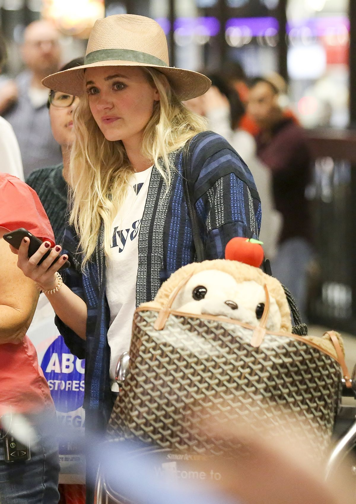 AMANDA AJ MICHALKA at Los Angeles International Airport 09/11/2017