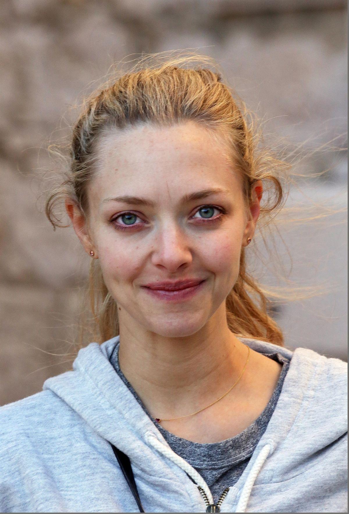AMANDA SEYFRIED Makeup Free Out in Croatia 09/21/2017 ... Amanda Seyfried Website