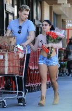 ARIEL WINTER Leaves Grocery Store in Studio City 09/27/2017