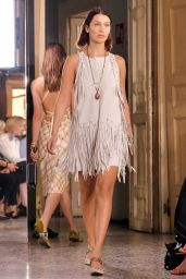BELLA HADID at Bottega Veneta Fashion Show in Milan 09/23/2017