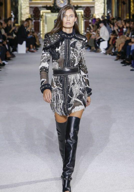 BIANCA BALTI at Balmain Spring/Summer 2018 Fashion Show