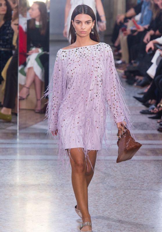 EMILY RATAJKOWSKI at Bottega Veneta Fashion Show at Milan Fashion Week
