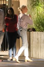 EMMA STONE at Fogo De Chao Restaurant in Beverly Hills 09/16/2017