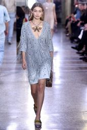 GIGI HADID at Bottega Veneta Fashion Show at Milan Fashion Week