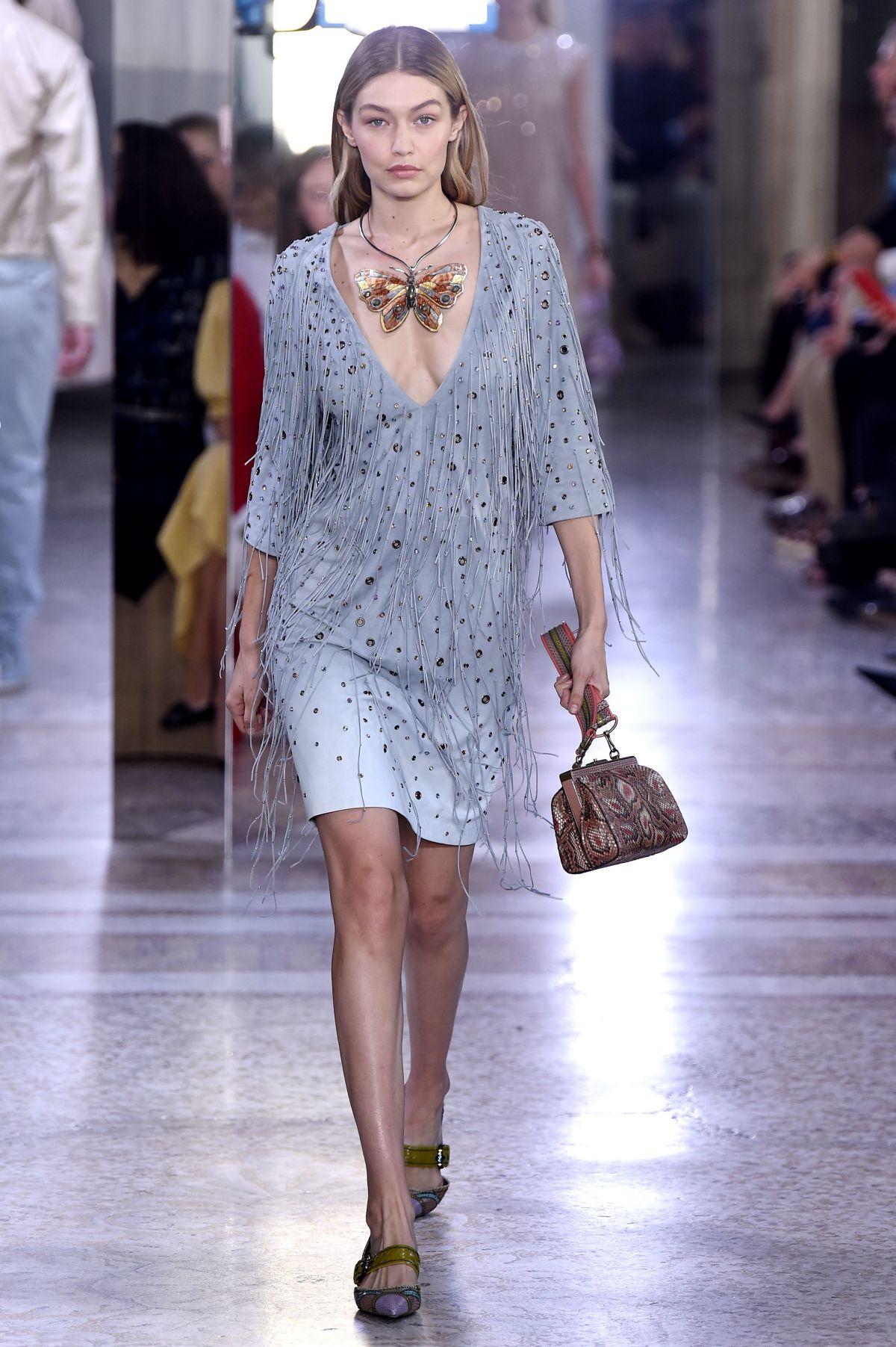 Gigi hadid at bottega veneta fashion show at milan fashion for Gigi hadid fashion week