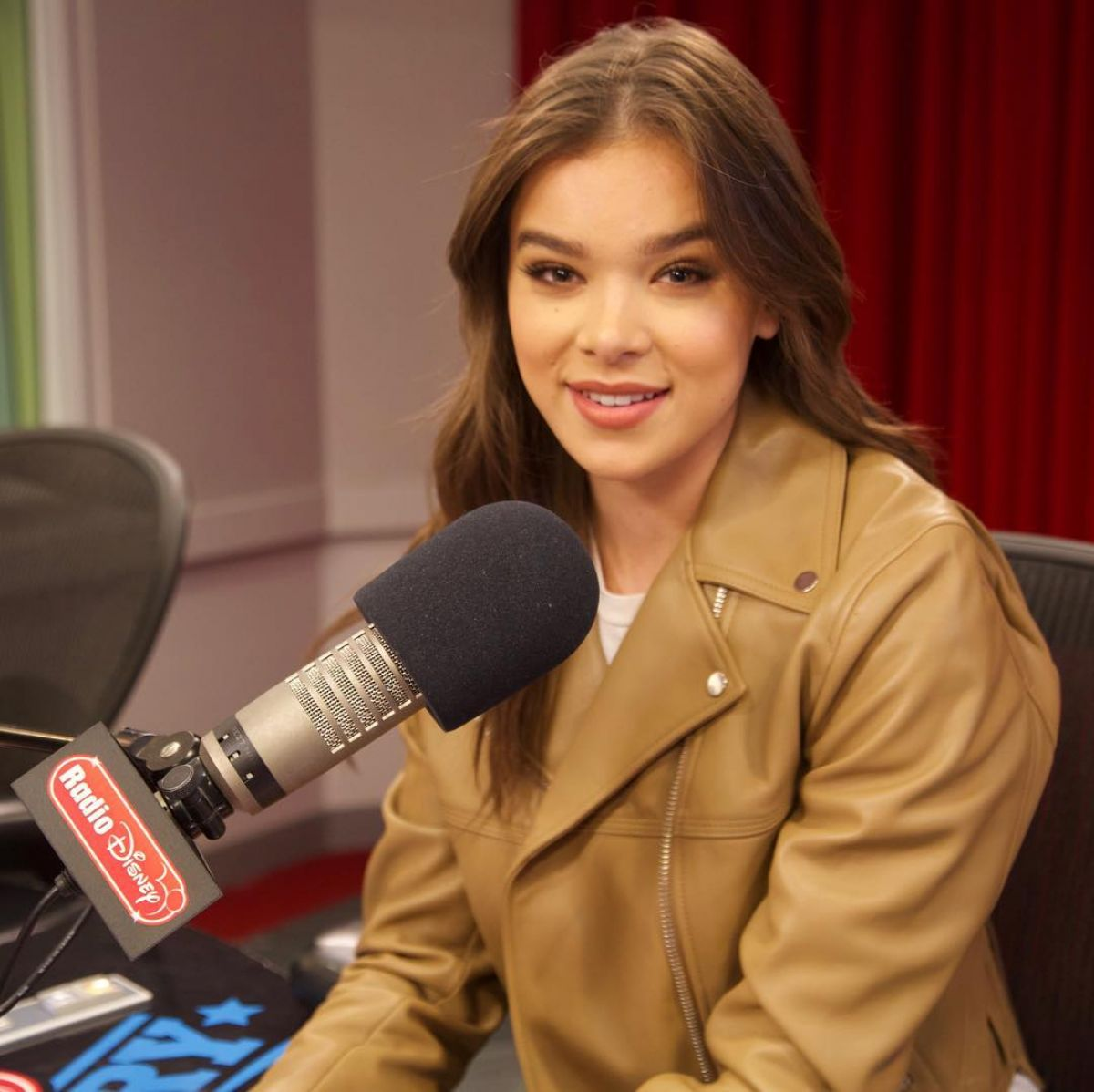 HAILEE STEINFELD at an Interview with Radio Disney in Burbank 09/11/2017