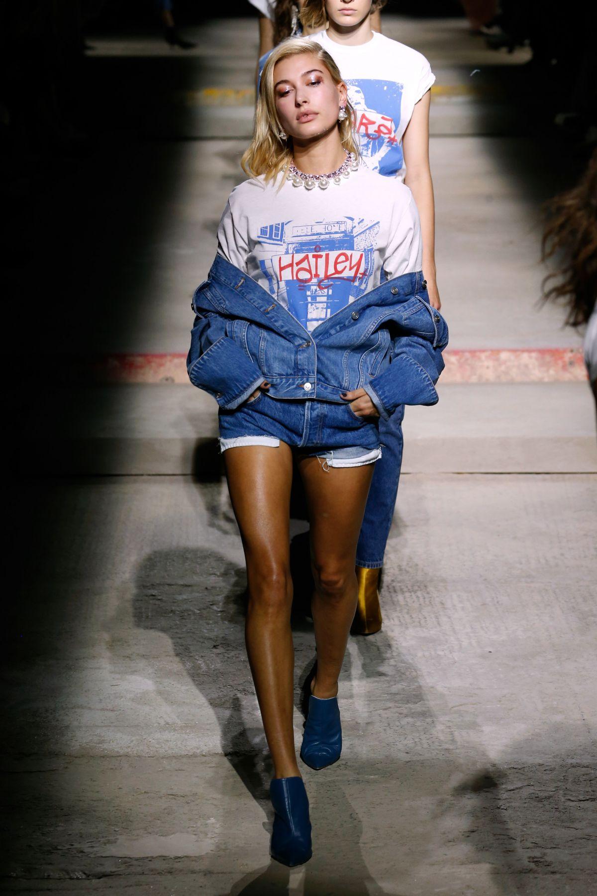 Hailey Baldwin At Topshop Fashion Show London