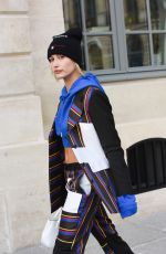 HAILEY BALDWIN Leaves Her Hotel in Paris 09/27/2017