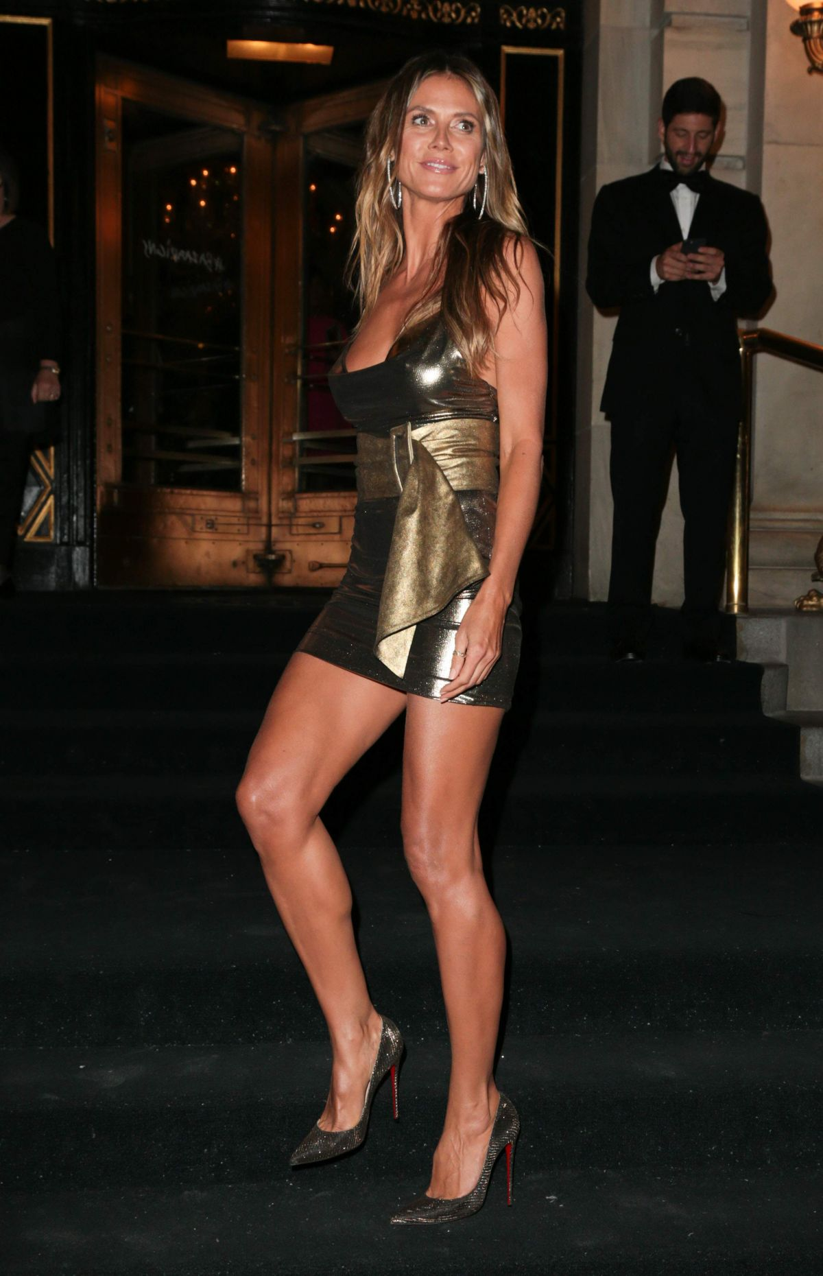 HEIDI KLUM at Harper