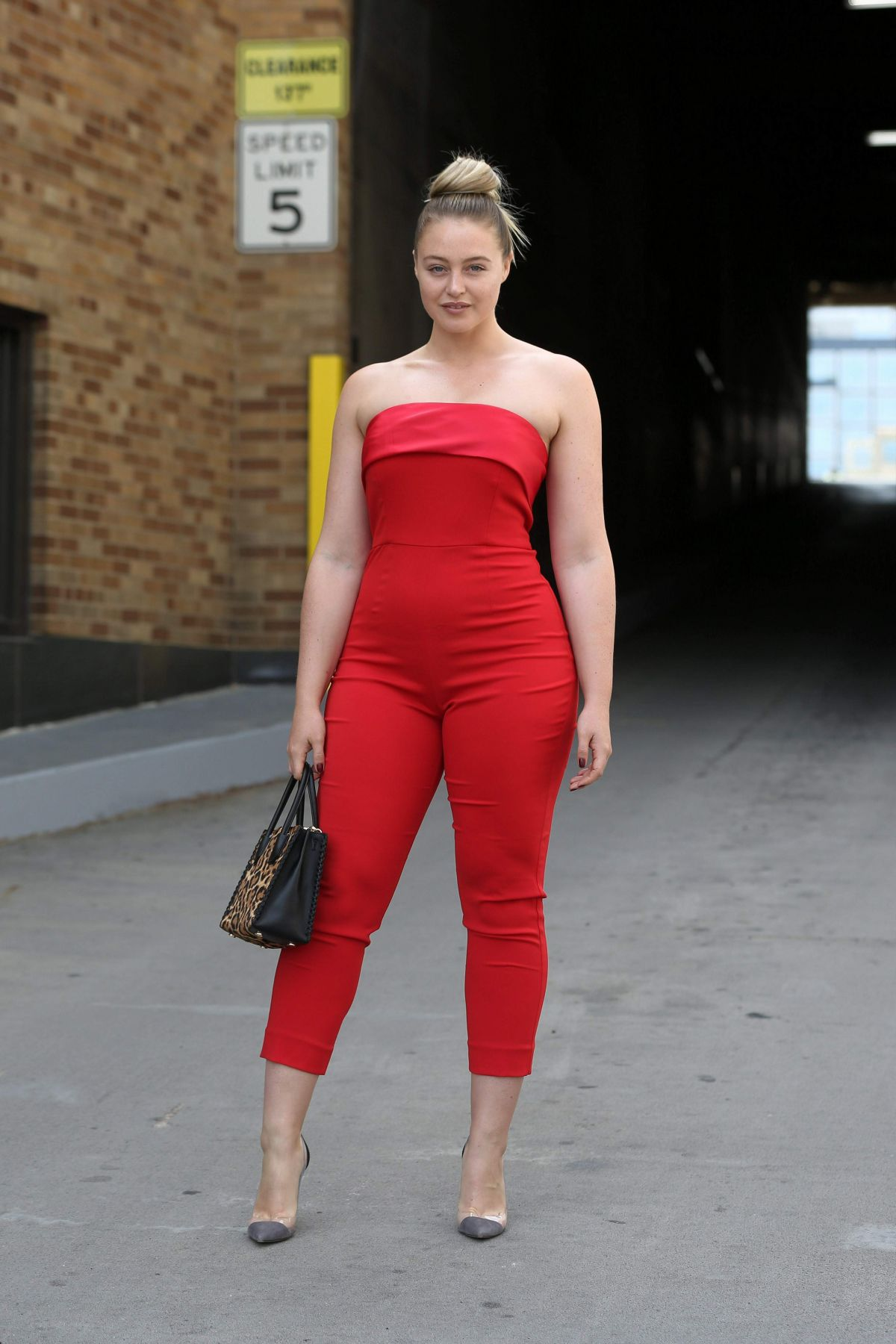 ISKRA LAWRENCE at Badgley Mischka Fashion Show in New York 09/12/2017